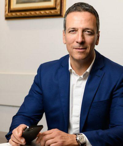 Павел Велчев, Управляващ съдружник